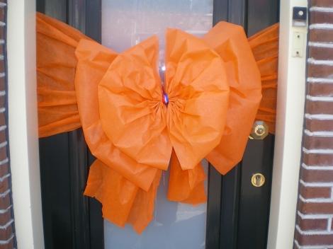 Oranje deurstrik