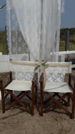 Decoratie met jute lint, eucalyptusblad en kant